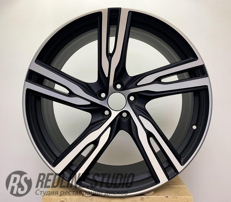 Черный полумат + шлифовка (Volvo XC90)