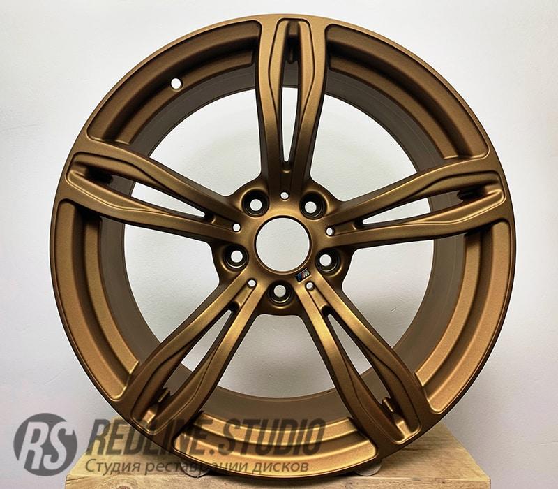 Золото матовое (BMW M5)
